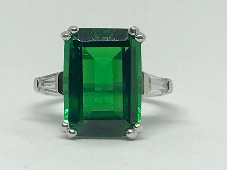 A Perfect Classic 8.5CT Green Emerald Cut Russian Lab Emerald Ring