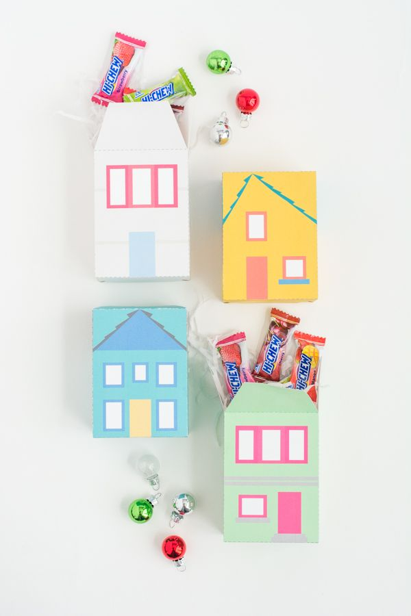Fill these easy print and fold gift boxes with a sweet treat. They're adorab...