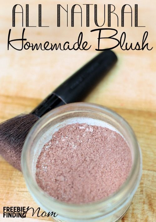 All Natural Homemade Blush - Do you know how easy it is to make your own makeup?...