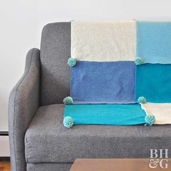 Give the gift of hygge this holiday season with this DIY throw blanket!