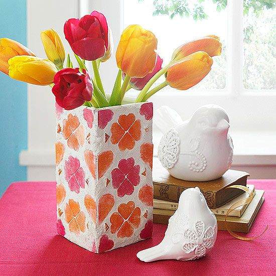 Help the kids show mom and grandma how much they care with these DIY Mother'...