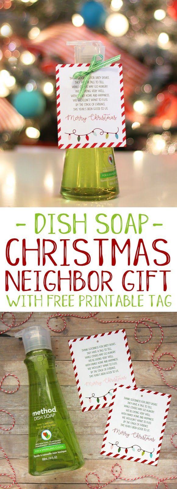 Easy and punny Christmas neighbor gift idea with free printable tag #christmas #...