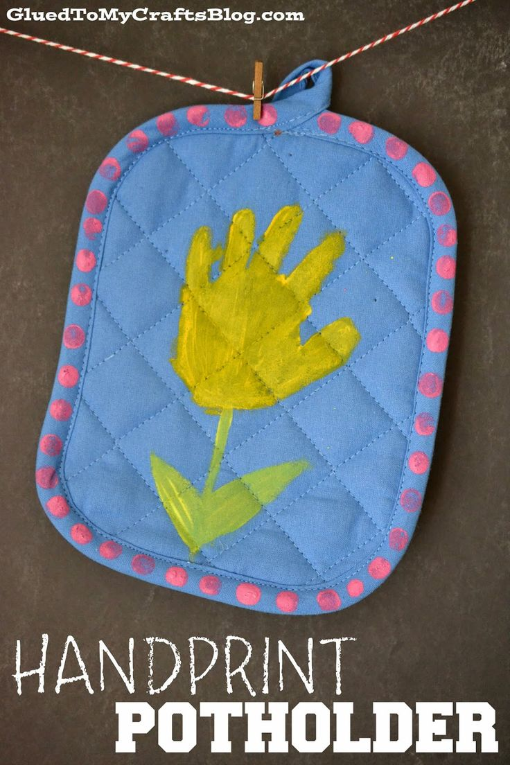 Handprint Potholder. We made these for mother's day. All the mommies loved t...