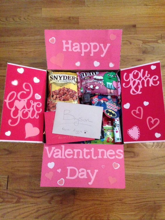 Care package #8. Valentines day. Deployment. Deployment care package. cadetlifet...