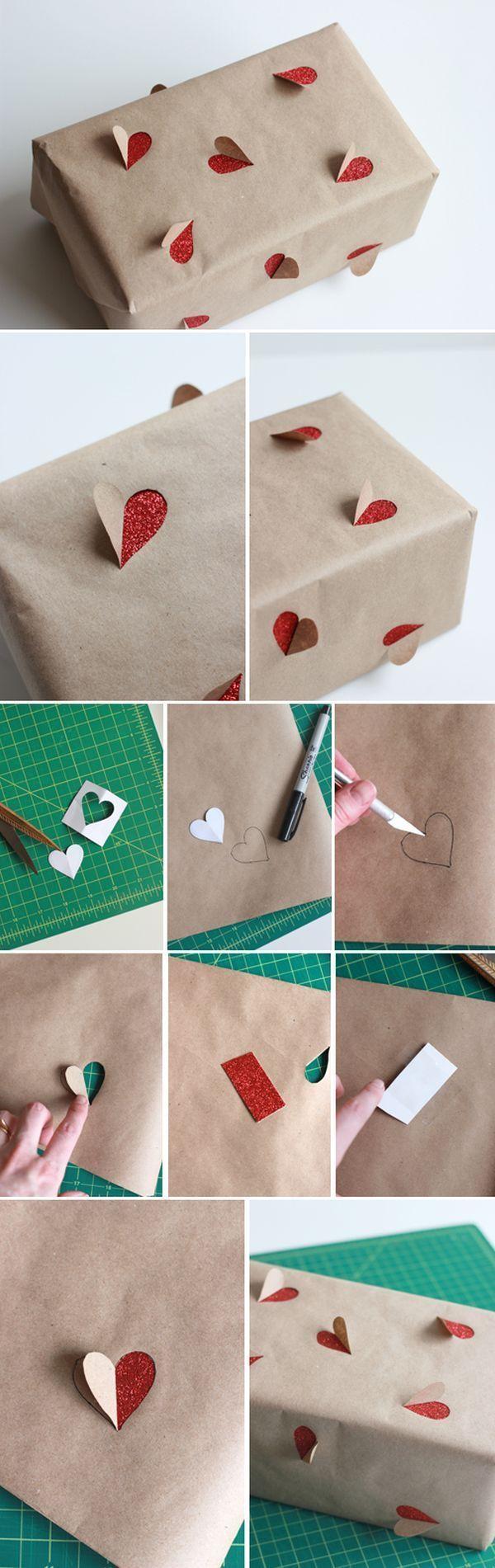 Super cute romantic themed wrapping idea, perfect for Valentine's Day / anni...