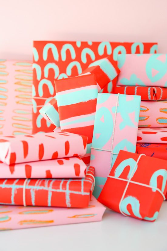 DIY holiday gift wrap for pattern lovers using chalk pastels and acrylic paint...