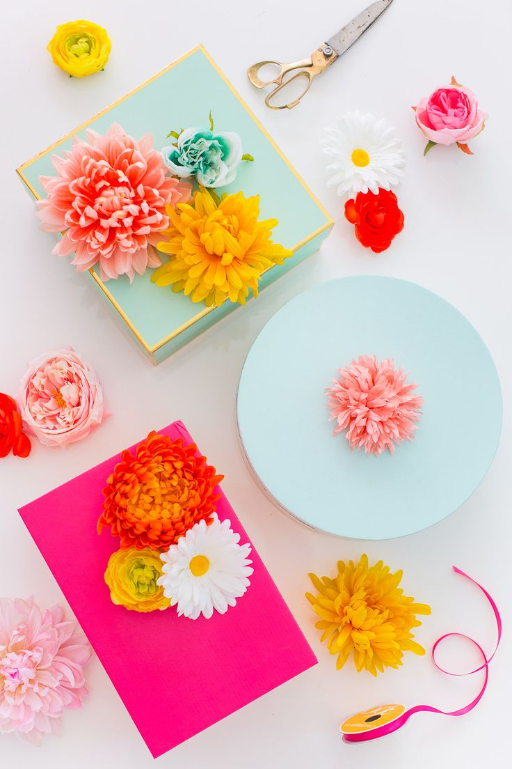 Fake flower gift toppers.