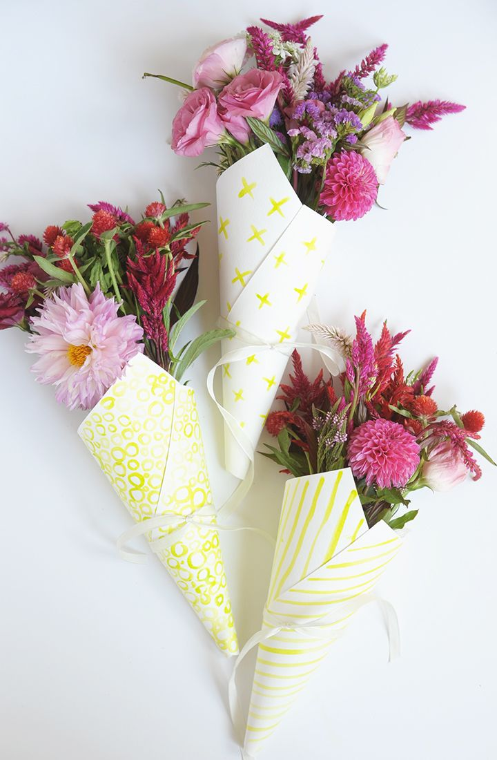 Diy gift wrapping ideas make these diy watercolor flower bouquet diy gift wrapping ideas make these diy watercolor flower bouquet izmirmasajfo Image collections