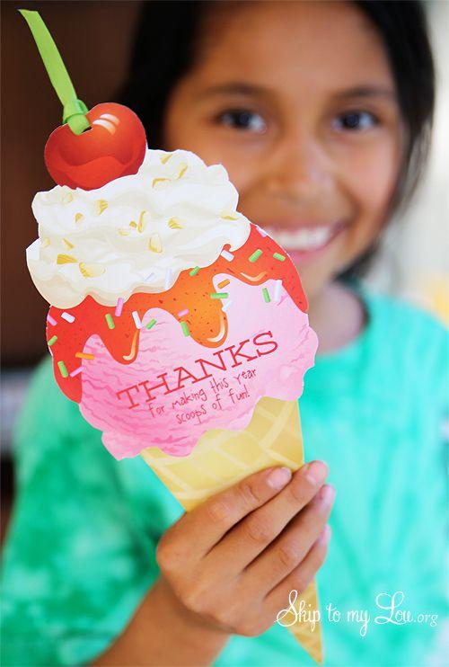 Teacher gift idea- free printable ice cream gift card holder #print #teacher ski...