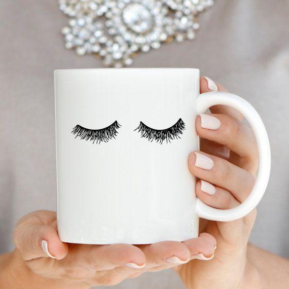 Hand getekende wimper koffiemok Voeg een beetje glam aan uw ochtend routine met ...