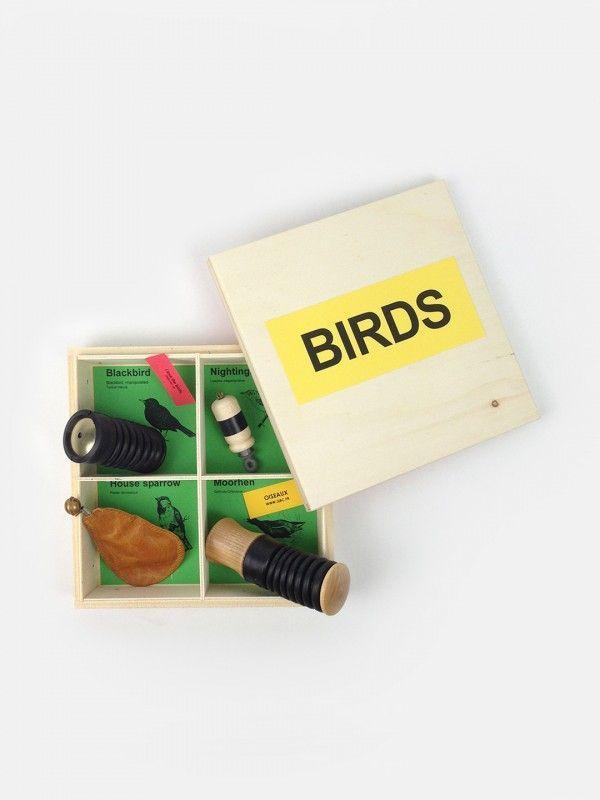 Bird Calls Manipulate Gift Box