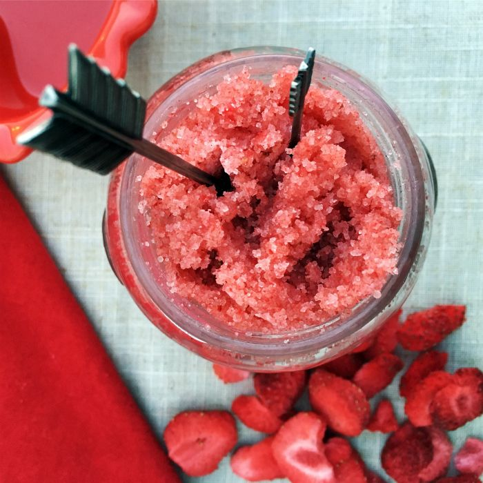 Get yourself ready for Valentine's Day with this organic Strawberry Sugar Sc...