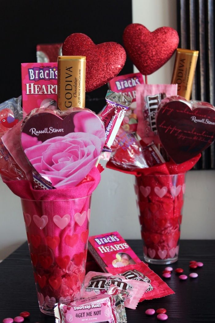 Valentines Day Gifts  Valentine Candy Bouquet  GiftsdetectiveCom