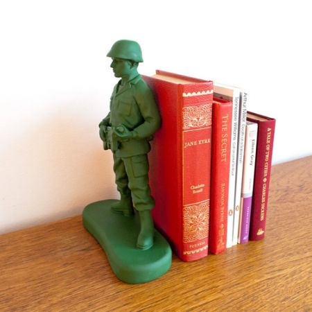 Gifts For Him : Suck UK Home Guard Bookend A Fun ...