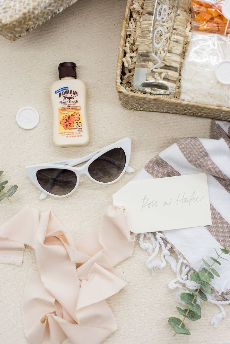 Creating a wedding welcome bag should be fun and personable! Here are some ideas...