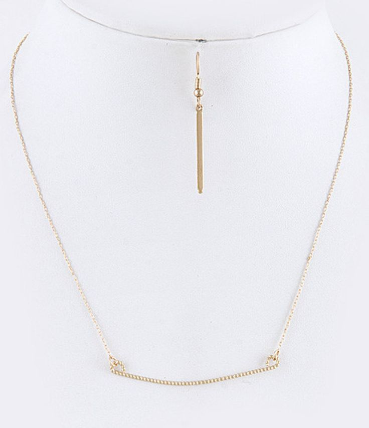 birthday gifts   celebrity trend 14k gold horizontal bar