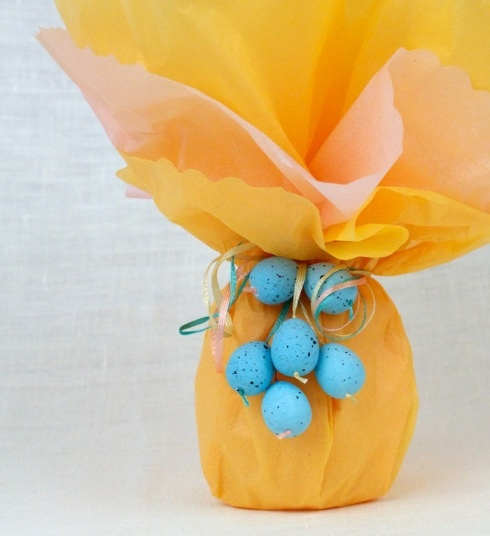Diy gift wrapping ideas easter egg gift wrap diy diy gift wrapping ideas negle Images