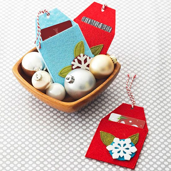 Make your own felt gift card holders do dress up a simple gift card. Get the ins...