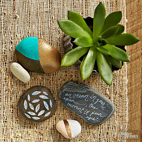 On a strict budget but still want to give a thoughtful gift? Create some DIY art...