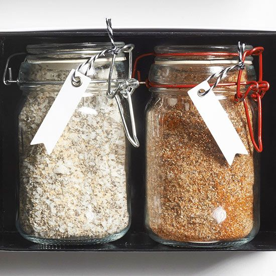 Seasoning blends make a great homemade food gift for any foodie or griller on yo...