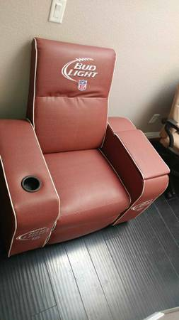 Free Giveaway : Bud Light Chair (buffalo/cactus)