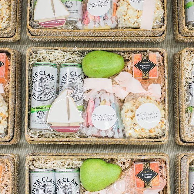 Client Gifts for Kelly Grace Photography   Image: LIssa Ryan Photography  #marig...