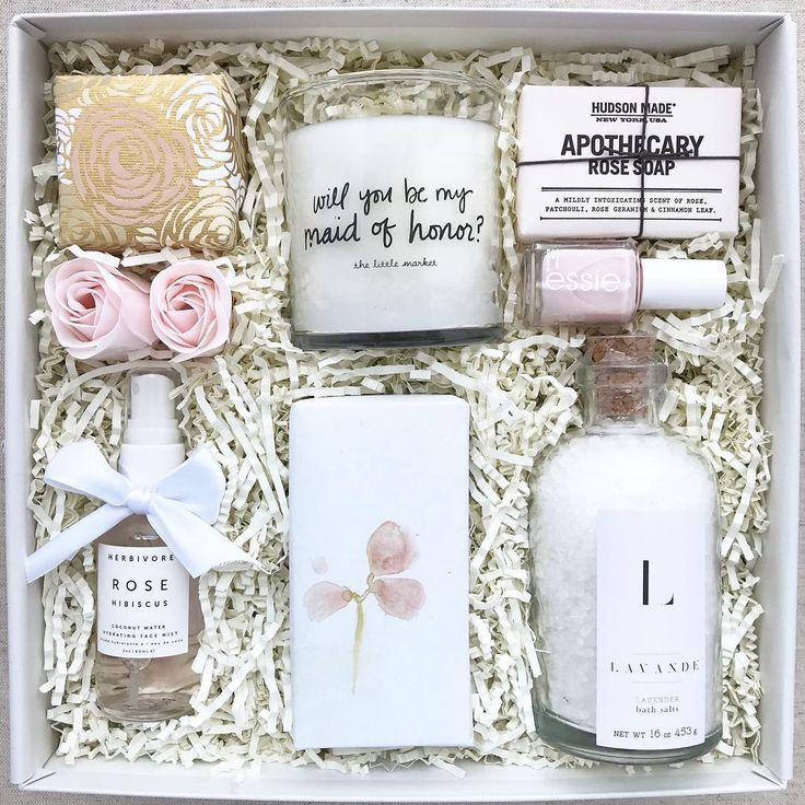 Corporate Gifts  : Click this pin to customize the perfect birthday gift client ...