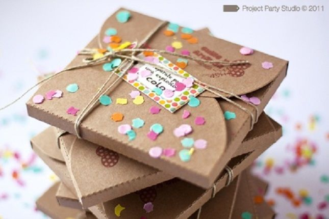 5 GIRLY GIFT WRAPPING IDEAS   Best Friends For Frosting