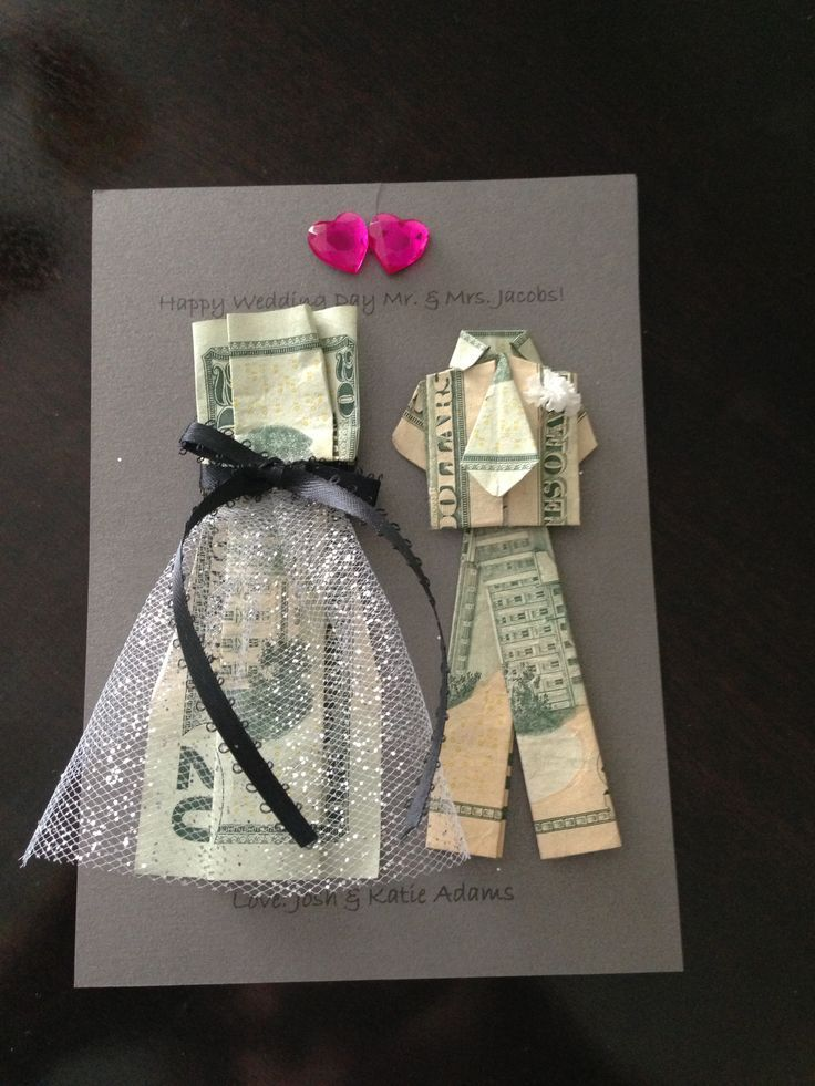 A creative way to give money as a wedding gift!  | www.homemade-gift...