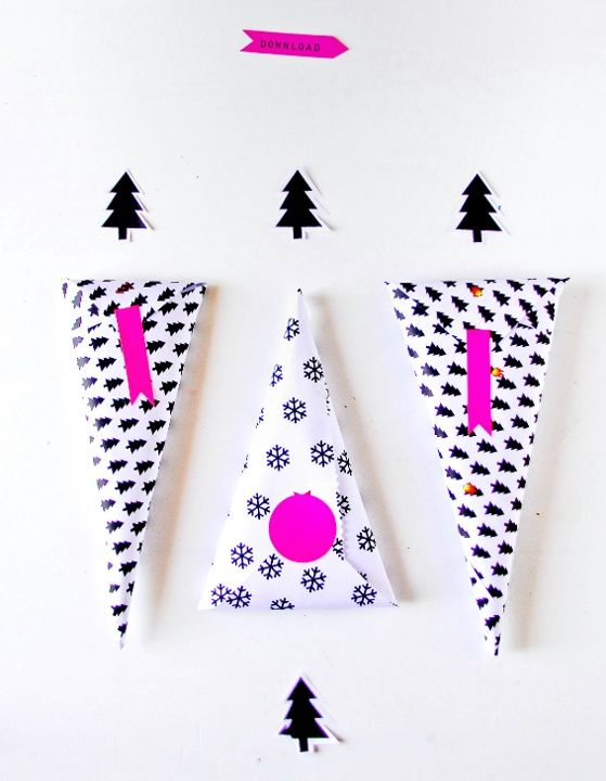 CREATIVE WAYS TO DIY GIFT WRAP | Best Friends For Frosting