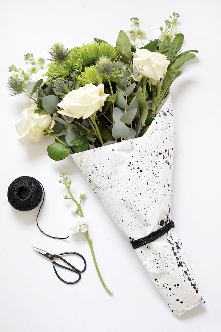 Gifts Wrapping Ideas : DIY | 4 ways to wrap a flower bouquet ...