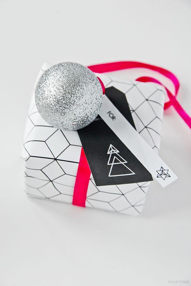 Geometric Christmas Gift Tags - free printable