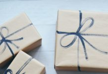 Gifts wrapping package gifts wrapping ideas i love crafty things but im not a very creative gift wrapper i always go fo negle Images