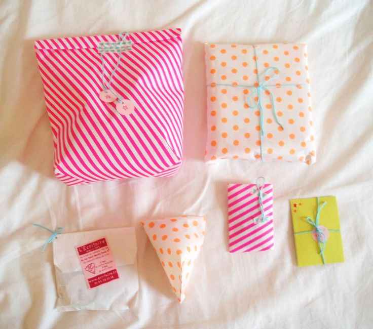 Neon wrapping paper perfection