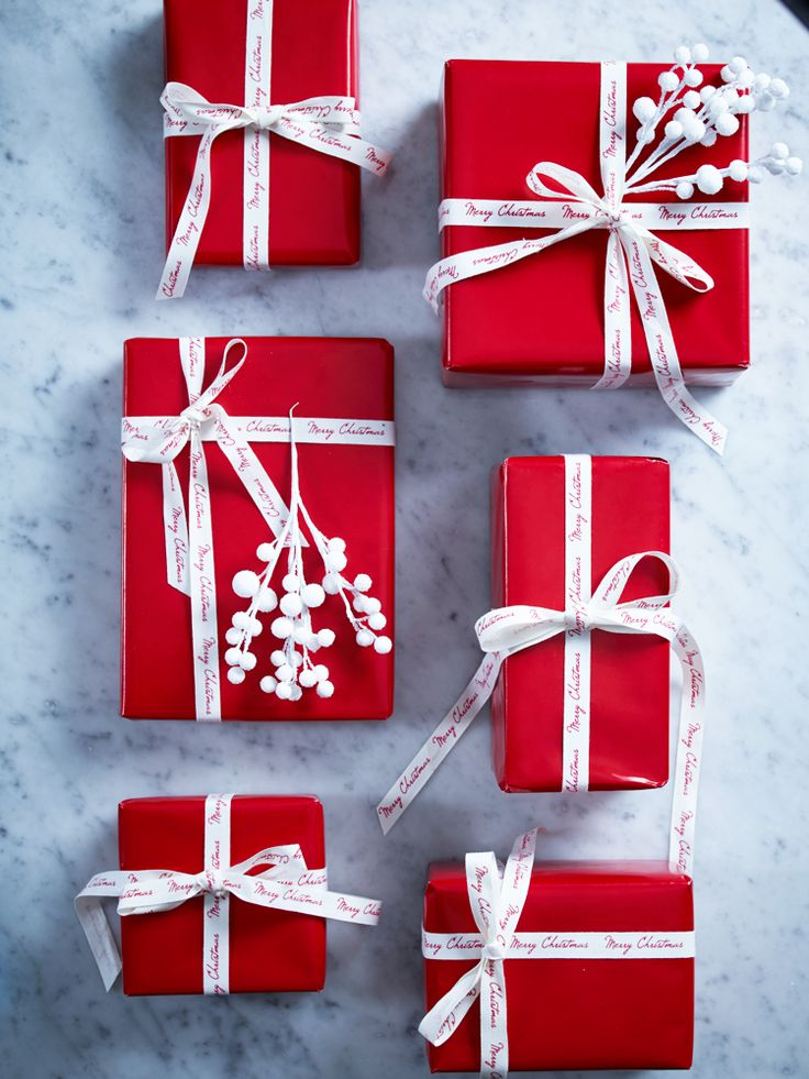 Gifts Wrapping & Package : Red Wrapping Paper - GiftsDetective.com ...