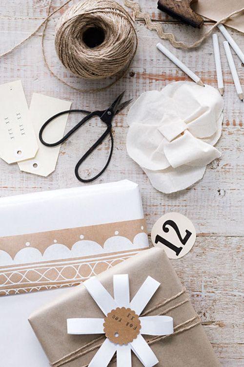 White/Craft paper.