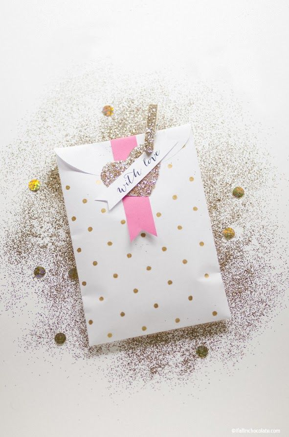 gift wrapping packaging gold glitter