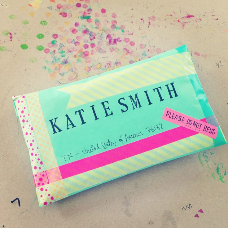 she does an absolutely incredible job on her packaging for her letters. her blog...