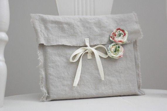 sweet & unique gift wrap.