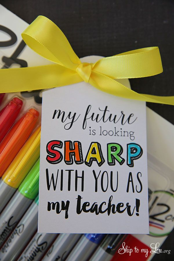 Back to school teacher gift idea: free printable tag to pair with sharpie marker...