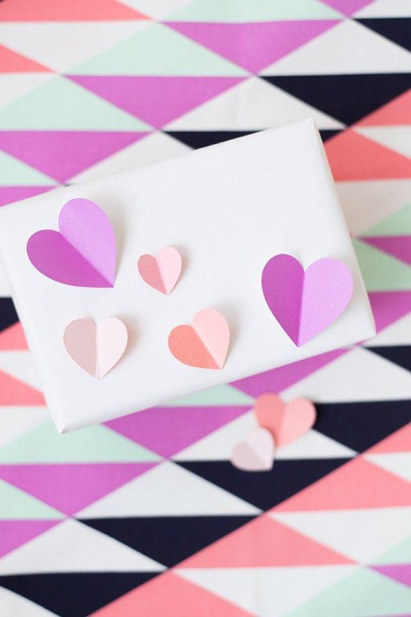 DIY 3D Heart Gift Wrap | studiodiy.com