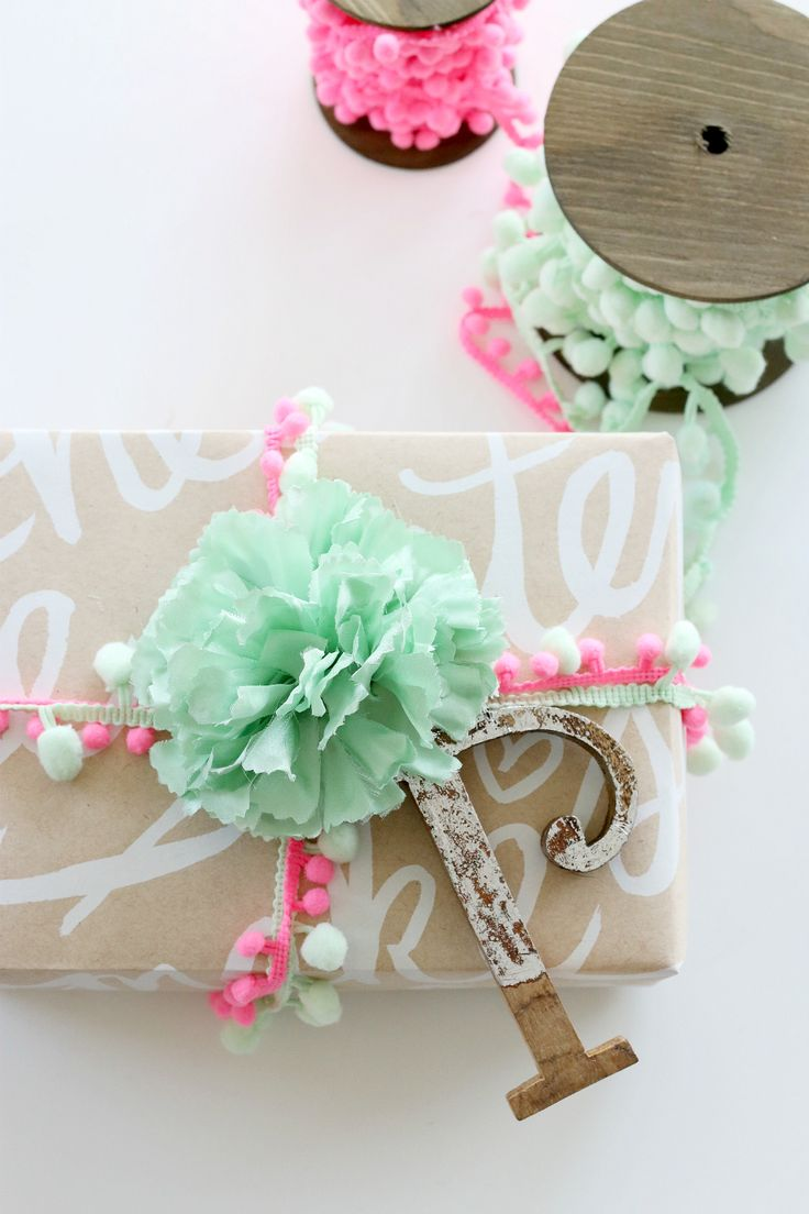 Gift Wrapping Ideas | Wrap it up with love. | monikahibbs.com