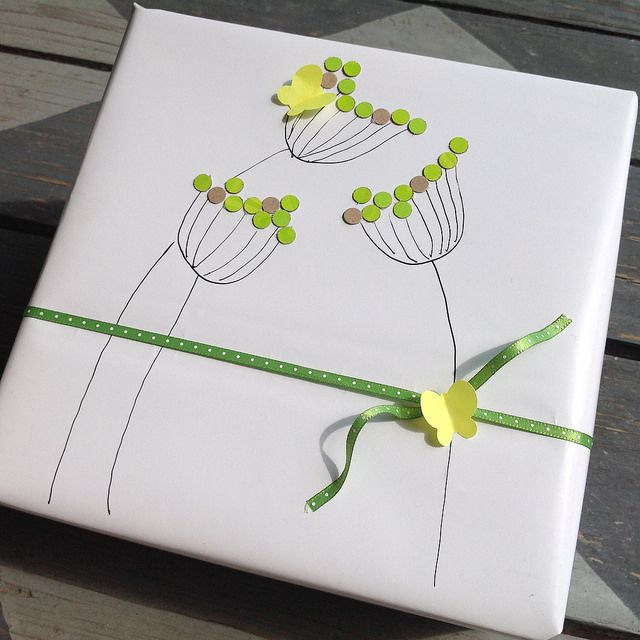 Simple Green Flowers Gift Wrap | Flickr - Photo Sharing!