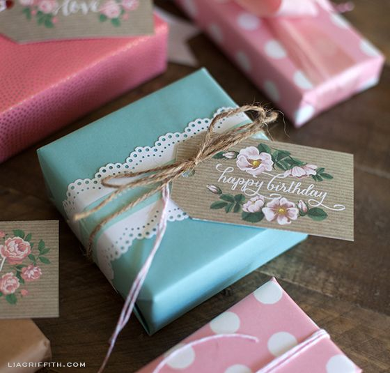 Spring Gift Tags in Kraft Paper and Vintage Roses