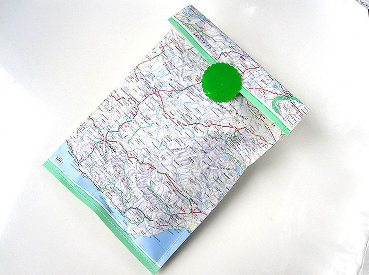 World ATlas map // 3 gift bags by rennadeluxe on Etsy www.etsy.com/...