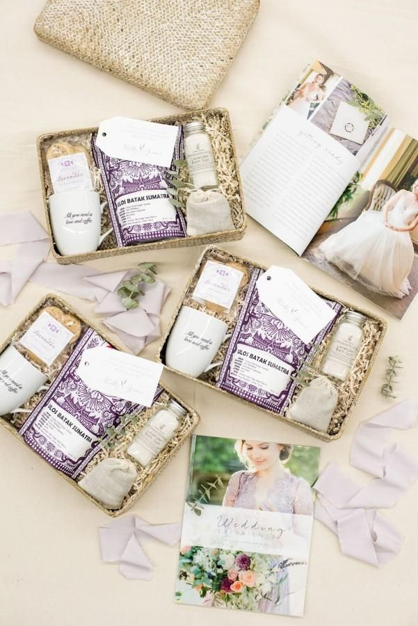 CUSTOM CLIENT GIFT BOXES// Custom Client Gifts for Midwest Wedding Photography B...