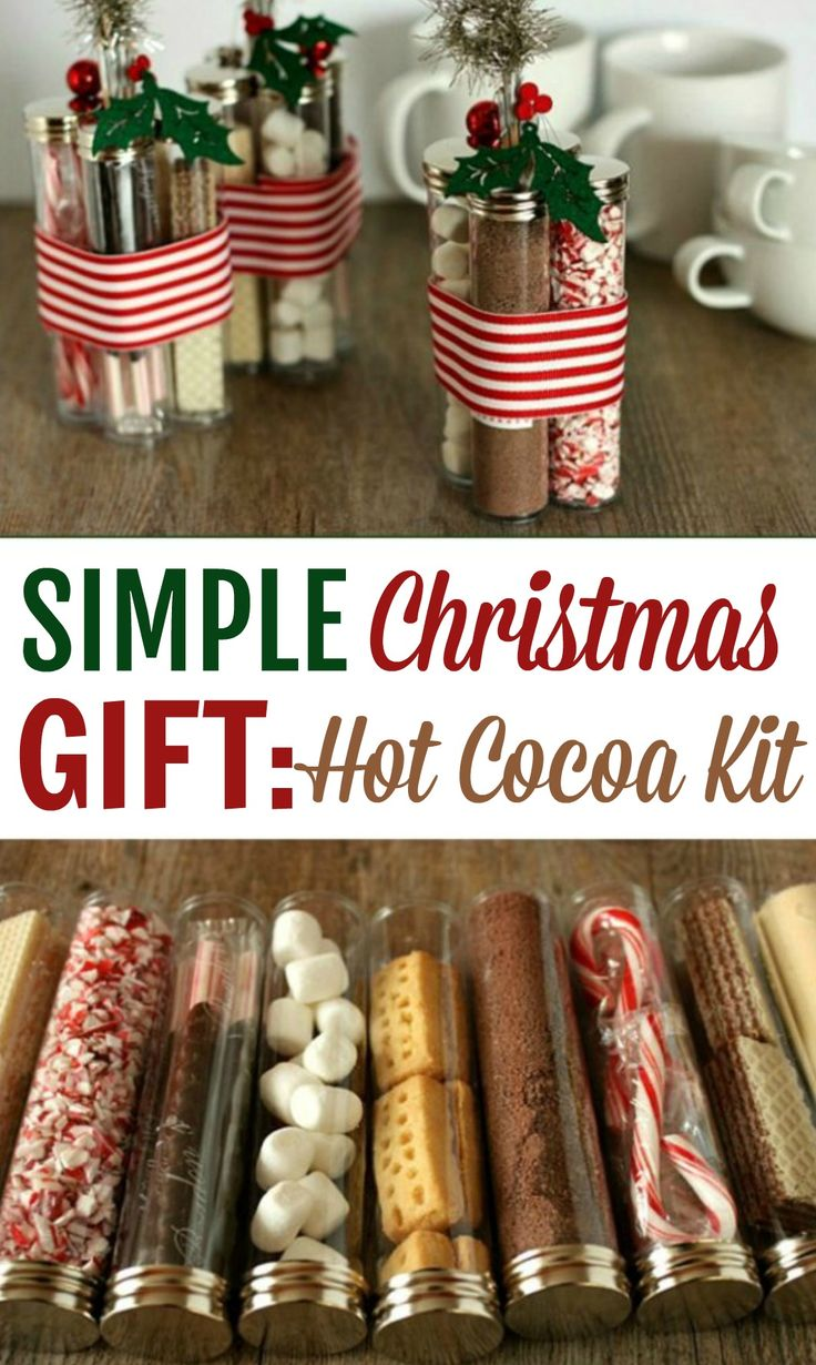 This Simple Christmas Gift: Hot Cocoa Kit is the perfect DIY Christmas gift idea...