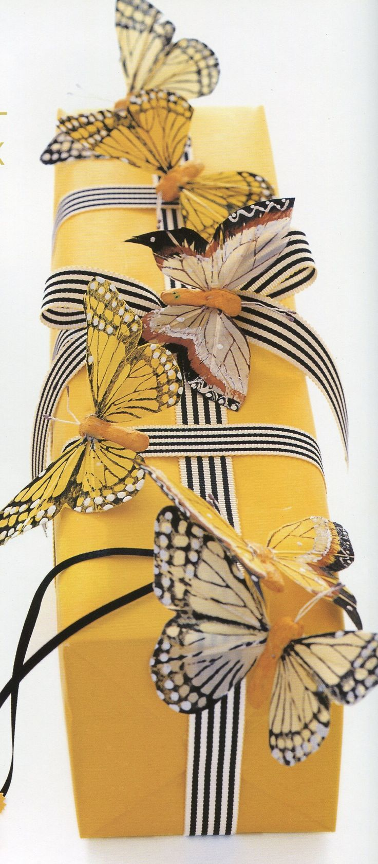 Carolyn Roehm - butterfly gift wrap, this is beautiful!