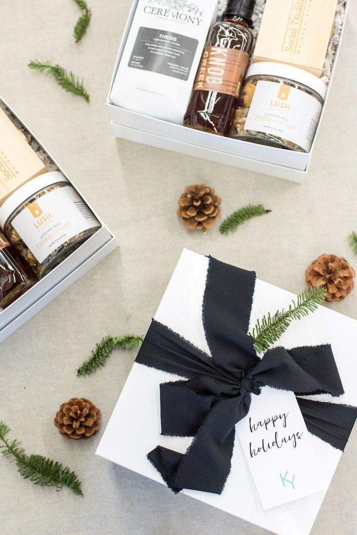 CLIENT HOLIDAY GIFT BOXES// Professional, unique holiday client gift boxes are d...