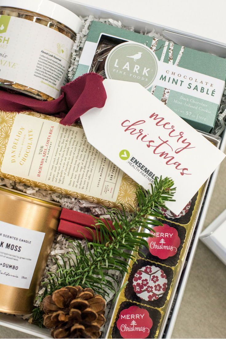 CORPORATE HOLIDAY GIFT BOXES// Red, green and gold luxury corporate client gift ...